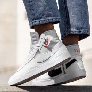 Nike Women's Blazer Mid Rebel Sneaker size 6.5
